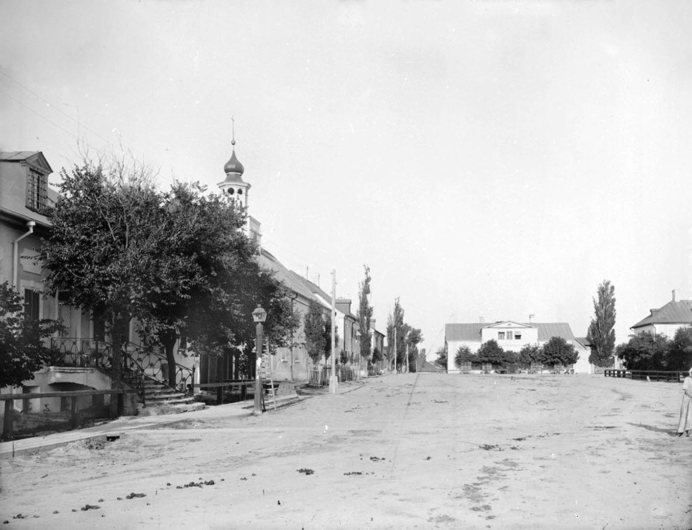 Sarepta street scenes in 1894. Source: Wikimedia Commons.